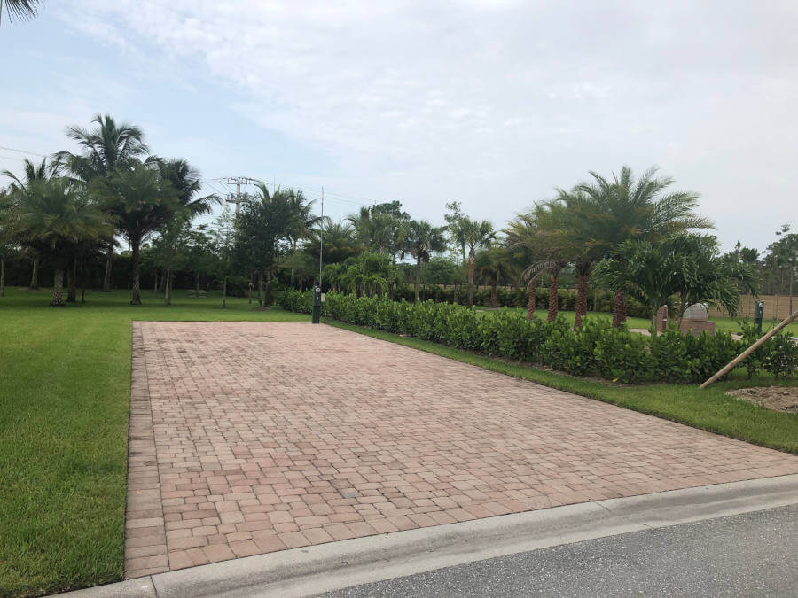 Palm Beach Motorcoach Resort Clubhouse Paved Lots